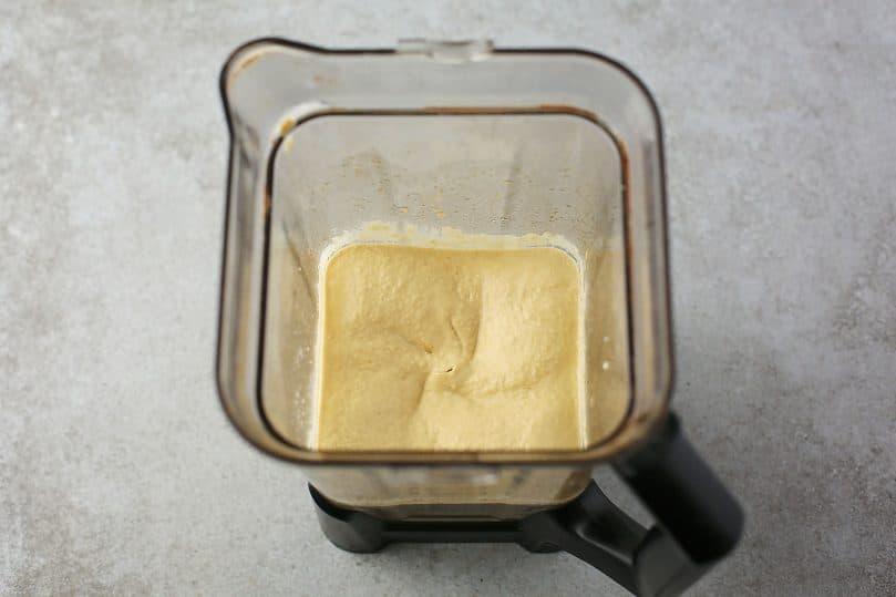 hummus in the blender