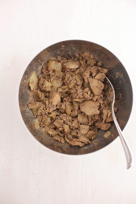 cooked liver inside metal bowl