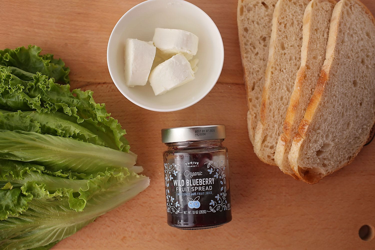 ingredients to make Sandwich with jam