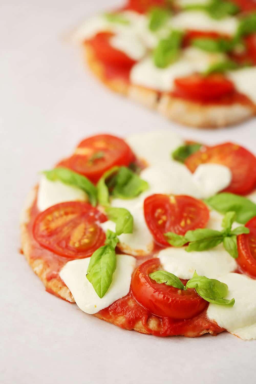 baked mini mozzarella pizza made with pita bread