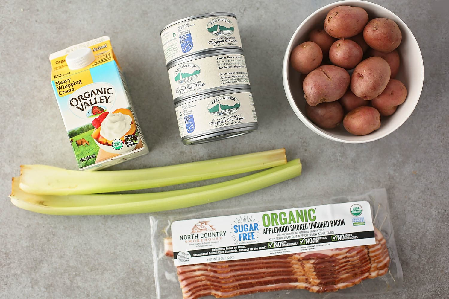 ingredients needed to make clam chowder soup
