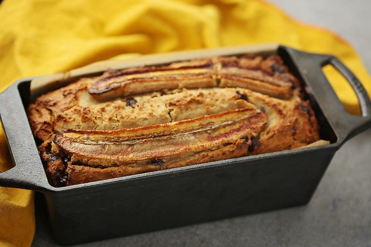 baked banana bread in the loaf pan