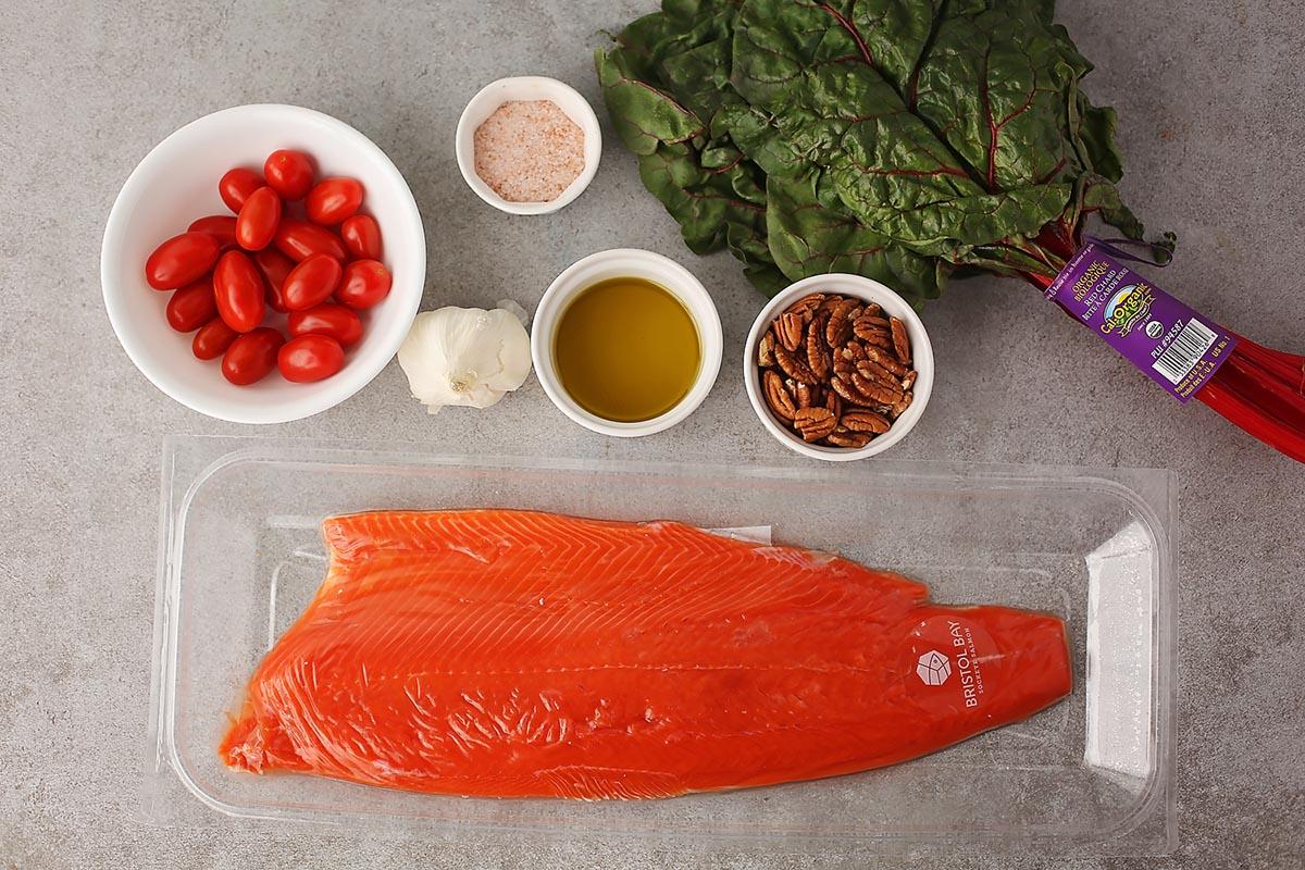 ingredients to make pesto salmon